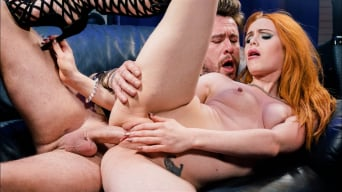 Ella Hughes in 'Ella Hugues Decorates Her Hairy Pussy With Cum'