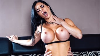 Jasmine Jae in 'Busty Beauty Jasmine Jae Gets Finished Off Private Style'