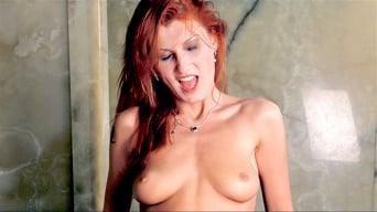 Nicol in 'Nicol, Toilette Temtress'