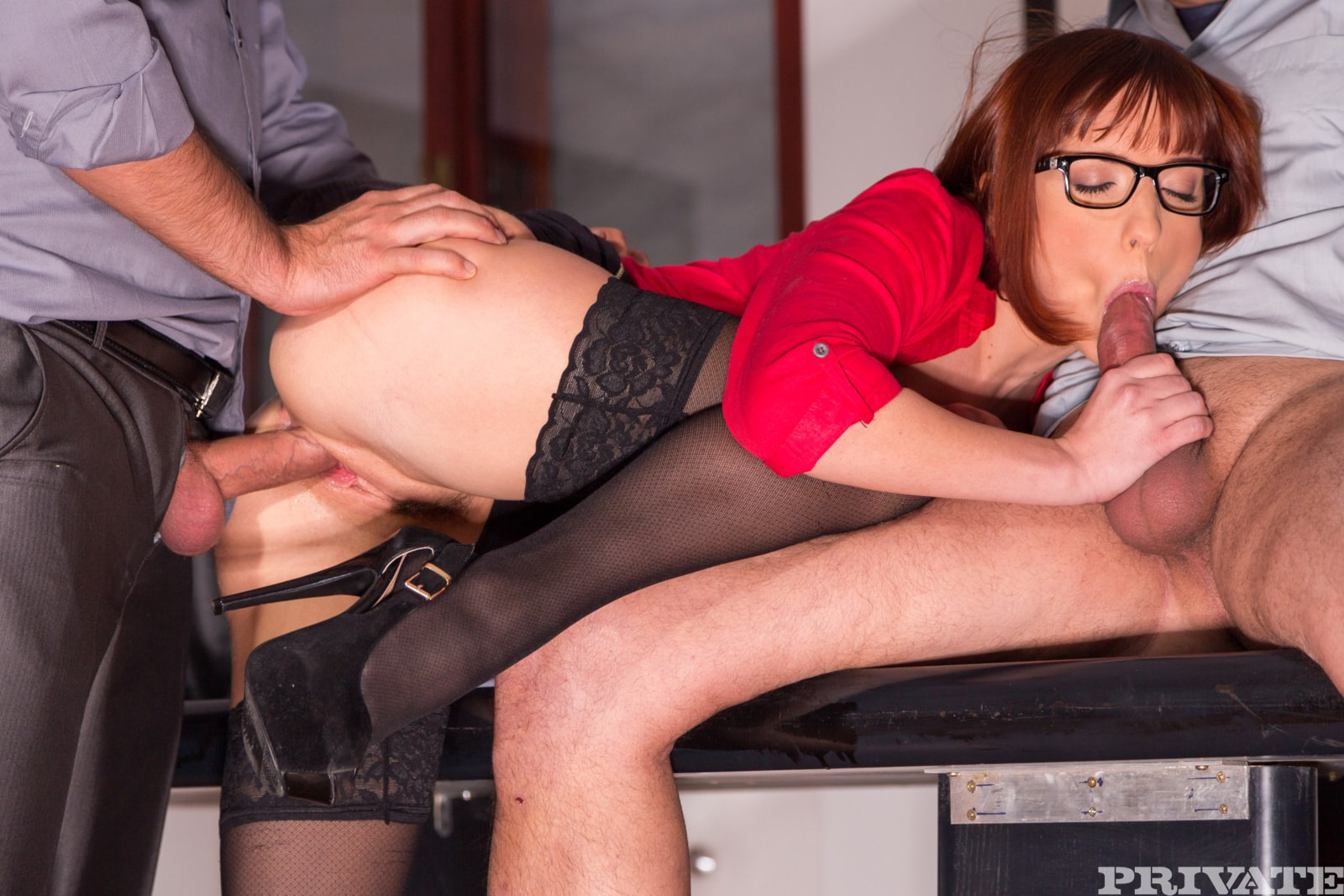 Mature hardcore in the office, older secretary pussy